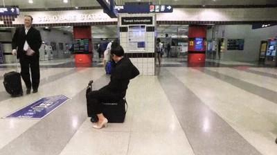 Enlace a Se acabó el correr en los aeropuertos y perder el avión