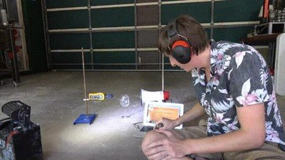 Enlace a Truco para romper un vaso de cristal con un megáfono