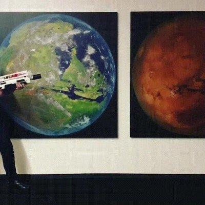 Enlace a Elon Musk enseñando al mundo su nuevo lanzallamas