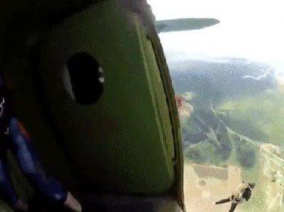 Enlace a El monitor de paracaidismo más salvaje del mundo