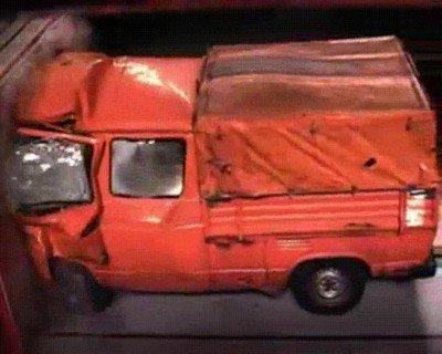 Enlace a Test de accidente de un Volkswagen T3