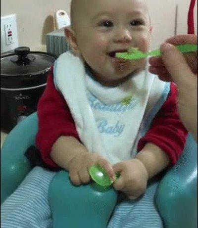 Enlace a La cara que pones cuando pruebas la verdura por primera vez