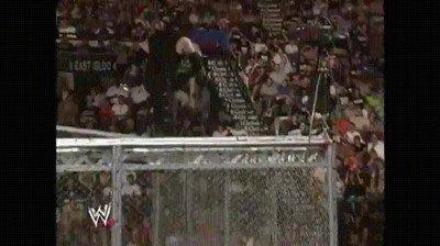Enlace a Cuando te digan que la WWE es todo teatro pásales este gif