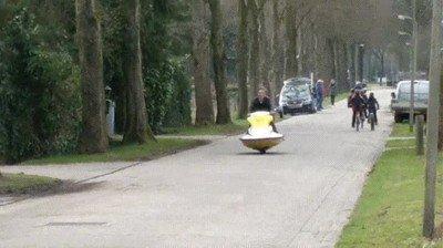 Enlace a Con esta moto serías el más popular de la escuela