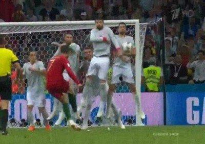 Enlace a El gol de falta de Cristiano Ronaldo que no nos dejó sumar los 3 puntos