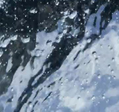 Enlace a Un teléfono que sigue grabando después de caer por un acantilado
