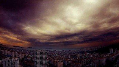 Enlace a Increíble paisaje en el cielo de Székesfehérvár, Hungría.