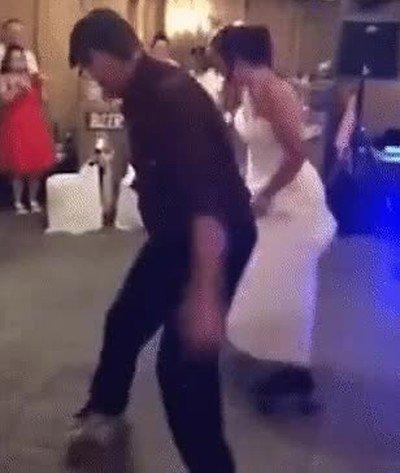 Enlace a Hay bodas que van literalmente sobre rueda