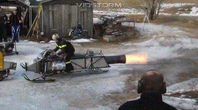 Enlace a Santa probando su nuevo cohete para llegar a tiempo con los regalos esta navidad