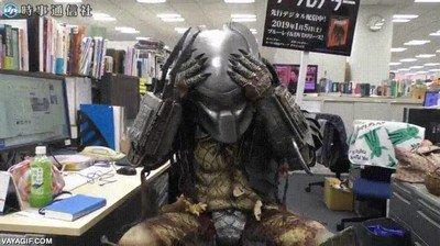 Enlace a El mejor cosplay de Predator de la historia