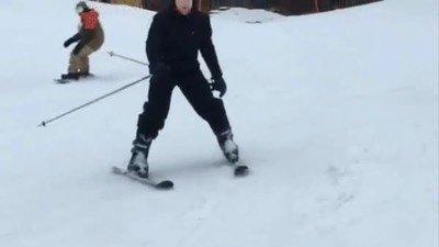 Enlace a Representa mi primer día en la nieve