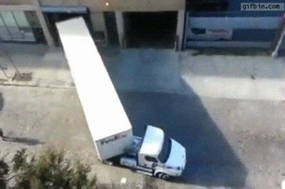 Enlace a Hacen falta muchas horas de GTA para aparcar de forma tan profesional