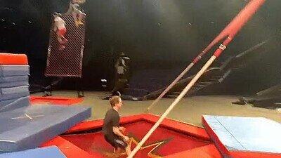 Enlace a Es una pasada lo que hacen los chicos del Cirque du Soleil