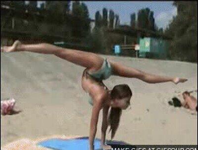 Enlace a Esta chica con pocos estiramientos es capaz de salir volando
