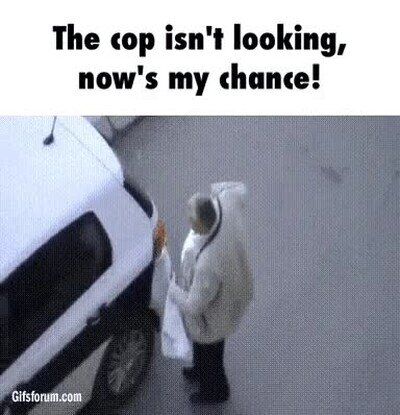 Enlace a El poli no mira, es mi momento