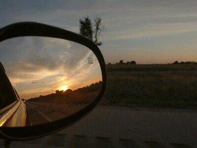 Enlace a También es bonito ver atardeceres desde un coche