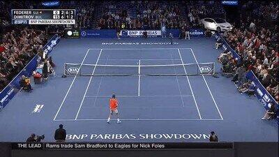 Enlace a Este niño le pega una tremanda vacilada a Federer con este globo