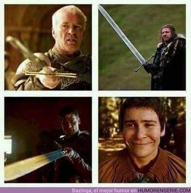 3517 - Hombres con espadas legendarias
