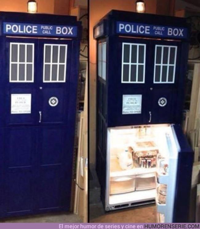 6515 - La nevera favorita de los fans de Dr.Who