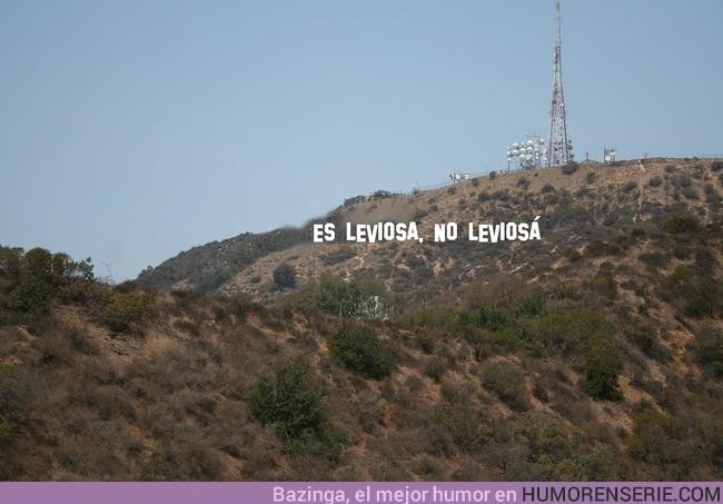 9349 - Han vuelto a cambiar el cartel de Hollywood.
