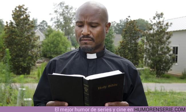 20003 - TWD 8x05: ¿Qué pasará con el Padre Gabriel?