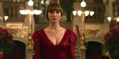 22783 - Jennifer Lawrence y sus incómodos desnudos en Gorrión Rojo