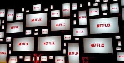 28027 - Netflix está poniendo anuncios entre episodios y la gente está indignadísima