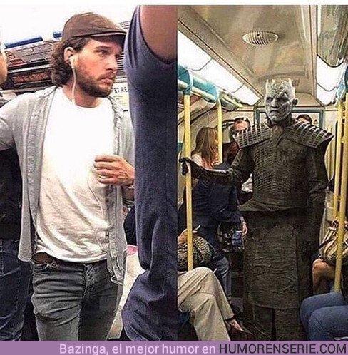 36546 - Cuando es fin de semana y ves a alguien de tu trabajo en el metro