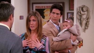 45541 - Te vas a sentir MUY VIEJO cuando recuerdes el mensaje que dejó Chandler a la hija de Rachel y Ross