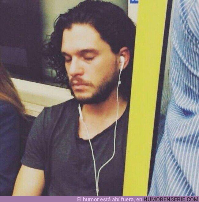 60855 - Es luens y Jon Snow lo sabe...
