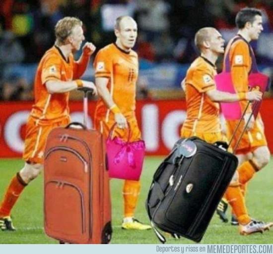 3357 - Holanda ya tiene las maletas hechas para volver a casa