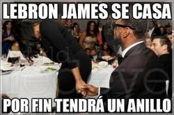 Enlace a LeBron james se casa