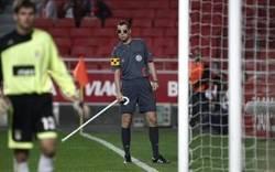 Enlace a Instantánea del árbitro en el momento del #roboaucrania