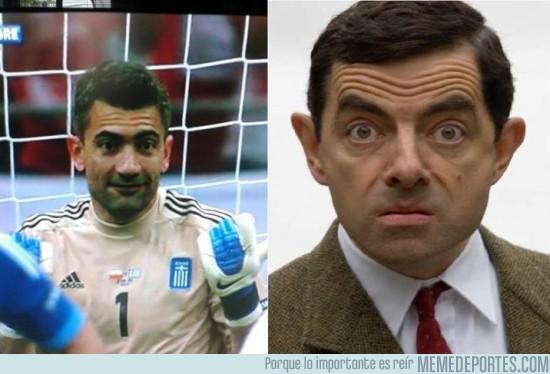 736 - Portero de Grecia vs. Mr Bean