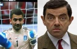 Enlace a Portero de Grecia vs. Mr Bean
