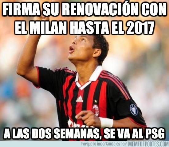 10441 - Firma su renovación con el Milan hasta el 2017