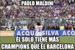 Enlace a Paolo Maldini, leyenda del fútbol italiano