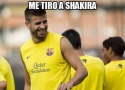 Enlace a Me tiro a Shakira