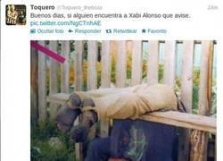 Enlace a Xabi Alonso despues de la fiesta en Cibeles
