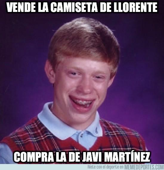 16811 - Vende la camiseta de Llorente