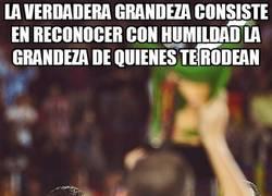 Enlace a Messi, feliz por su compañero