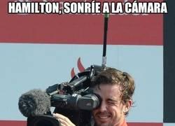 Enlace a Sonríe, Hamilton