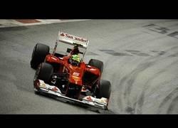 Enlace a VÍDEO: Adelantamiento de Felipe Massa a Bruno Senna