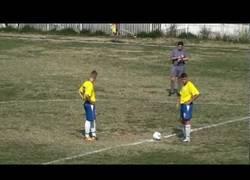 Enlace a VÍDEO: El gol más rápido de la historia del fútbol