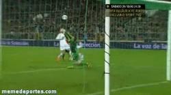 Enlace a GIF: Segundo gol de Pedro vs Bielorusia