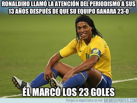 29524 - Enorme Ronaldinho