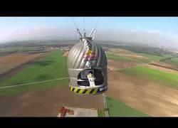 Enlace a ¡Éxito del salto de Baumgartner!