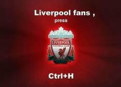 Enlace a Es lo único que pueden hacer los fans del Liverpool