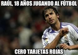 Enlace a Raúl, 18 años jugando al fútbol