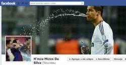 Enlace a Cristiano Ronaldo dando un baño a Messi, definición gráfica